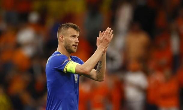 Лидер и капитан сборной Украины отдыхает после ЕВРО-2020