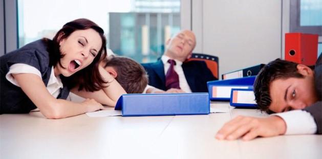 Ученые поделились способом как преодолеть сонное состояние после бессонницы