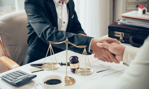 Абонентское юридическое обслуживание поможет решать возникающие правовые вопросы
